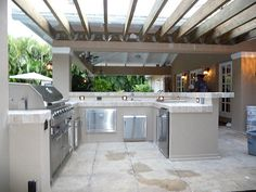 Custom Outdoor Kitchen Built-in Grill Pergola by Outdoor Kitchens & Living of Florida Diy Grill, Clean Grill, Barbecue Grill, Grilling, Exterior Gris, Outside Grill, Moraira, Grill Area, Outdoor Kitchen Design