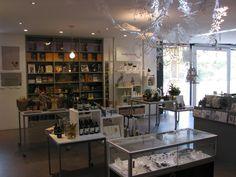 Heide Store interior Museum Of Modern Art, Lovers Art, Bookshelves, Store, Interior, Furniture, Design, Home Decor, Bookcases