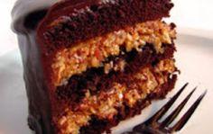 Torta de Chocolate Aleman con relleno de Coco, Nueces y Dulce de Leche... sin palabras!!!
