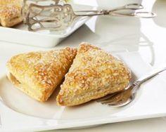 Chaussons ananas et coco : http://www.fourchette-et-bikini.fr/recettes/recettes-minceur/chaussons-ananas-et-coco.html