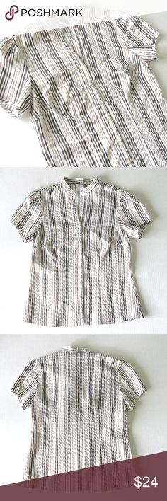 """Fred David Striped Button Down Fred David stretch Striped Button Down short sleeve shirt // sz S // 60% cotton, 36% polyester, 4% spandex // dark brown and metallic gold stripes // darting at bust // perfect under a work blazer // 17.5"""" across armpits // 23"""" length // non-smoking home // not my size. Can't model. // 20% off 3+ Bundles // 9.18.24 4.3o No trades Fred David Tops Button Down Shirts"""