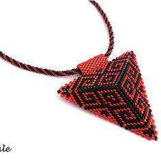 Šitý plastický trojúhelník v kombinaci červené a černé barvy zavěšený na šité dutince z malinkatých korálků TOHO velikost 15. Přívěsek je ušitý z vysoce kvalitního japonského rokajlu Miyuki Delica 11/0.  Délka návleku je 44 cm včetně zapínání - pro případné prodloužení je možné přidat prodlužovací řetízek.  Délka strany trojúhelníku je 6,5 cm. Friendship Bracelets, Jewelry, Jewlery, Jewerly, Schmuck, Jewels, Jewelery, Fine Jewelry, Friend Bracelets