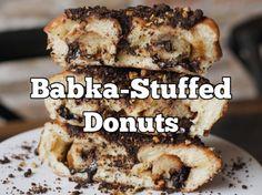 Chocolate Babka-Stuffed Donuts Exist, Not Fake News Chocolate Babka, Fake News, Baking Ideas, Taste Buds, Donuts, Banana Bread, Yummy Food, Luxury, Desserts