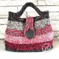 weer eens een tas Crochet Purses, Crochet Bags, Diy And Crafts, Knitting, Beanies, Scarfs, Blog, Fashion, Backpack