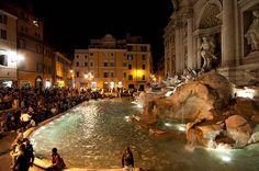 Trevi Fountain Italy!!