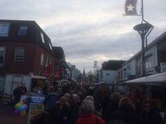 Kerstmarkt is Zin in #Zevenaar! Lekker druk @DeStadIn. Zondag 13 december 2015. Via twitter @anja