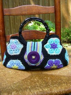 DIY Crochet African Flower Free Pattern Handbag - Crochet Craft, Round Handles, Crochet Handbag