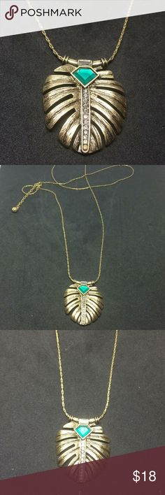 """NWOT Deco inspired tunic length necklace This very versatile necklace drops to 18"""" + has a 3"""" extender chain. Jewelry Necklaces"""