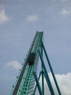 Leviathan roller coaster - Canada's Wonderland June 2012