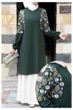 Abaya Fashion, Muslim Fashion, Modest Fashion, Women's Fashion Dresses, Mode Abaya, Mode Hijab, Evening Gowns With Sleeves, Iranian Women Fashion, New Blouse Designs
