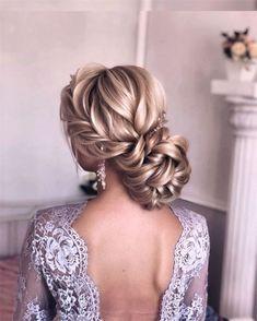 50 Chic and Elegant Wedding Hairstyles Ideas for Bridal 2019  Page 3 of 5  Soflyme#fashionhijab #fashionjewelry #weddingparty #weddingplanning #weddin... - #bridal #elegant #fashionhijab #hairstyles #ideas #soflyme #wedding - #HairstyleWavyWedding