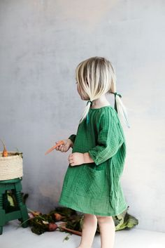 littles toddlers low pigtails forest green dress simple dresses hair ribbons veggies blondes Little Kid Fashion, Toddler Fashion, Boy Fashion, Fashion Hats, Fashion Clothes, Fashion Accessories, Forest Green Dresses, Kids Clothing Brands, Clothing Stores