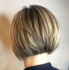 Mushroom Bob With Layers Layered Bob Short, Layered Bob Haircuts, Short Bob Haircuts, Modern Haircuts, Bob Haircut 2018, Back Of Bob Haircut, Short Hair Cuts, Short Hair Styles, Short Bob Styles