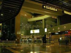 Aeropuerto de Hanoi! ✈️ #hanoi #vietnam #viajaporelmundoweb #nickisix360 #elmundito #viajeros #viajes #viaja #viajando #pic #travel #travelers #traveling #travelgram #trip #instatravel #photo #place #placeofworld #airport