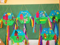 Ταξιδεύοντας στο κόσμο των νηπίων: ΜΙΑ ΜΑΣΚΑ ΑΦΗΓΗΤΑΙ......ΚΑΙ ΧΑΡΤΑΕΤΟΙ...... Projects For Kids, Crafts For Kids, Arts And Crafts, Paper Crafts, Diy Crafts, Kites Craft, Kites Diy, Carnival Crafts, Greek Crafts