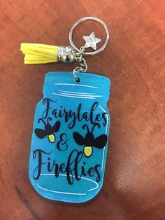 Silhouette Machine, Silhouette Cameo, Thermos, Keychain Ideas, Acrylic Keychains, Cricut Help, Circuit Design, Glitter Acrylics, Etsy Crafts
