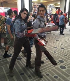ash williams bruce campbell halloween ideas halloween costumes halloween decorating ideas