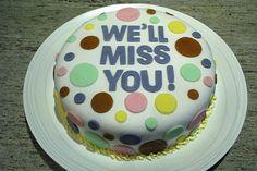 Image from http://cakesandcupcakesmumbai.com/wp-content/uploads/2013/01/goodbye-bon-voyage-farewell-cakes-cupcakes-mumbai-36.jpeg.