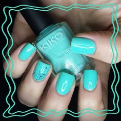 llineli's photo on Instagram - Minty minty nails