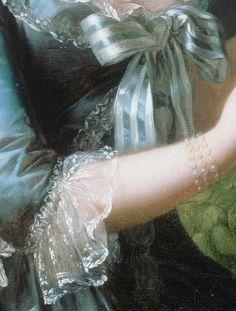 Marie Antoinette a la Rose, in detail