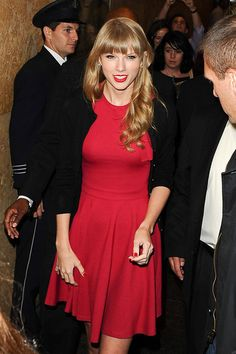 Taylor Swift Photos: Taylor Swift at the ABC Studios in NYC
