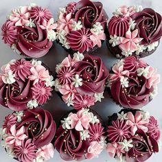 Cupcake Decorating Tips, Cake Decorating Piping, Cake Decorating Techniques, Cookie Decorating, Decorating Ideas, Elegant Cupcakes, Floral Cupcakes, Beautiful Cupcakes, Buttercream Cupcakes