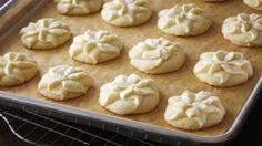 You'll find the ultimate Anna Olson Vanilla Bean Spritz Shortbread ...