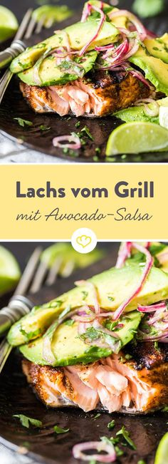 Mit diesem Rezept kannst du nichts falsch machen. Lachs und Avocado sind gesund und in dieser Kombination super schnell zubereitet. Also ab an den Grill! Salmon Recipes, Shrimp Recipes, Fish Recipes, Low Carb Recipes, Snack Recipes, Grilled Salmon, Salmon Bbq, Grilled Avocado, Barbecue
