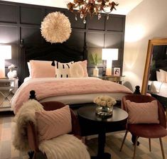 Home interior Design Videos Living Room Hanging Plants Link – Right here are the best pins around Coastal Home interior! Bedroom Sets, Room Decor Bedroom, Home Bedroom, Queen Bedroom, Master Bedroom, Beautiful Bedroom Designs, Beautiful Bedrooms, Dream Rooms, Dream Bedroom