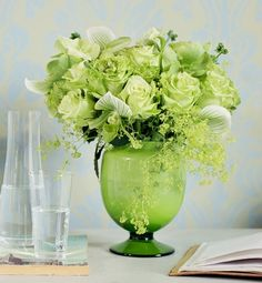Bouquet Inspired By Green Fashion Trend