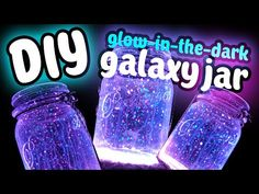 How to Make Galaxy Glow in the Dark Jars. Galaxy glow-in-the-dark jars are magical looking glowing jars that sparkle in the darkness. Glow sticks will give you the brightest glow, but they won't last forever. Glow-in-the-dark paint may not. Glitter Mason Jars, Painted Mason Jars, Mason Jar Diy, Mason Jar Crafts, Glow Mason Jars, Glow Stick Games, Glow Sticks, Diy Galaxy Jar, Galaxy Crafts