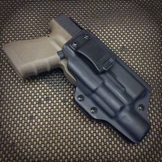 Wraith Holster for a Glock 19 with the Surefire Edc Tactical, Tactical Survival, Survival Gear, Concealed Carry Holsters, Kydex Holster, 9mm Pistol, Tac Gear, Custom Guns, Shotguns