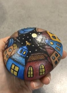Rock Painting Patterns, Rock Painting Ideas Easy, Rock Painting Designs, Painted Rocks Craft, Hand Painted Rocks, Painted Pebbles, Turtle Painted Rocks, Painted Garden Rocks, Painted Rock Cactus