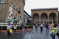 Piazza della Signoria, the historic and political center and Uffizi Museum Italy Vacation, Italy Travel, Great Places, Places To See, Best Of Italy, Outdoor Art, Florence Italy, Best Cities, Tuscany