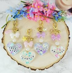 Resin Heart Keychains, Ir - Wood How to Crafts Kawaii Jewelry, Kawaii Accessories, Resin Necklace, Resin Jewelry, Jewellery, Diy Resin Crafts, Crafts To Sell, Uv Resin, Resin Art
