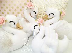 ✨Last weeks swans, this week its going to be four more ✨ . . . #idaskreativa #svan #svanar #swan #swans #dekoration #decoration #barnrum #kidsroom #barnrumsinredning #köp #unik #handgjord #docka #swanplush #swandoll #swanpillow #svankudde