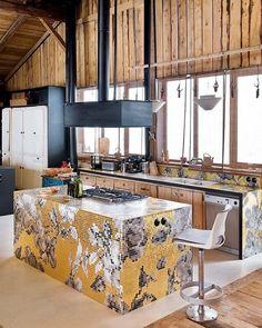 Great tips on blending Farmhouse & Modern. Modern tile/style for island.