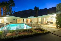 Presented by LUXE Vacation Homes, this Palm Springs luxury vacation rental is built for fun! More photos and information for 'Alexander' at www.luxevh.com/alexander #luxevacationhomes #luxevh #alexander #palmsprings #vacation #vacationrental #firepit #pool #spa #midcenturymodern