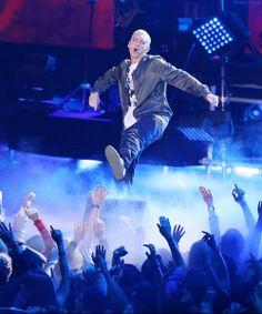 Eminem marshall mathers slim shady b-rrabit stan like like like just for Eminem… Eminem Soldier, Eminem Rap, Eminem Photos, Eminem Slim Shady, Rap God, Best Rapper, My Idol, Hip Hop, Handsome