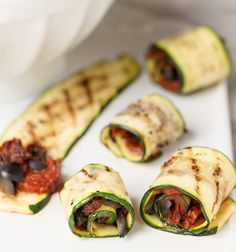 Get Grilled Zucchini Rolls with Herbs and Cheese Recipe from Food Network Veggie Roll Ups, Pizza Roll Up, Zucchini Rolls, Grilled Zucchini, Cheese Recipes, Paleo Recipes, Delicious Recipes, Food Network Recipes, Healthy Snacks