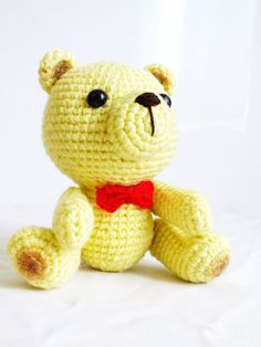 PATTERN : Vanilla Teddy with Red bow tie