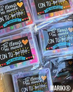Valentine Treats, Valentines, Candy Arrangements, Sofia Party, Happy Teachers Day, Sweet Box, Diy Presents, Ideas Para Fiestas, Teachers' Day