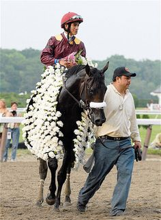 Belmont Stakes Tradition - The Carnation Blanket