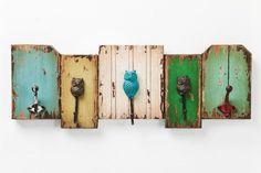 Wieszak Owl by Kare Design Wood Crafts, Diy And Crafts, Rustic Coat Rack, Primitive Kitchen Decor, Distressed Wood Signs, Shabby, Kare Design, Craft Sale, Wood Pallets