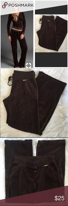 Michael Kors Brown Velour Track Pants S Small Michael Kors Brown Velour Track Pants S Small. Style photo not mine and is for style purpose only.  Still sold in Macy's for $88 MSRP (Item: 030118-07) Michael Kors Pants Track Pants & Joggers