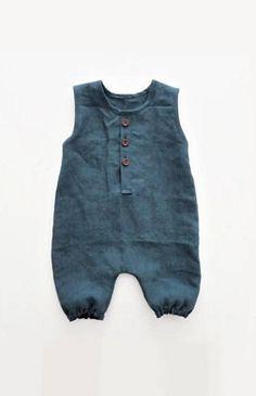 Handmade Unisex Linen Baby Romper | moonroomkids on Etsy #babyrompers