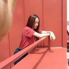 I post high quality idols pics - Krystal Jung, Krystal Sulli, Jessica Jung, K Idols, Slim Body, Kpop Girls, American Singers, Girl Photography, South Korean Girls