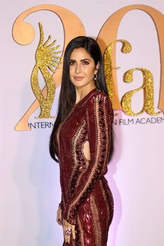 Indian Model Katrina Kaif At Green Carpet Of IIFA Awards - Beautiful Indian Actress  IMAGES, GIF, ANIMATED GIF, WALLPAPER, STICKER FOR WHATSAPP & FACEBOOK