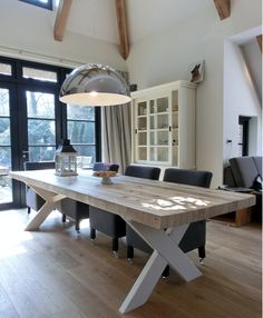 Ideas on a dining table 6 Seater Dining Table, Dining Room Table Decor, Dining Table Design, Outdoor Furniture Plans, Farmhouse Kitchen Tables, Interior Design Living Room, Home Decor, Steel Table, Table Legs