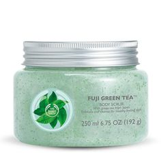 Perfect for cleansing and exfoliating, the crisp and refreshing scent of Fuji Green Tea™ Body Scrub helps to lift away dead skin cells, detox the body, and prepare skin for moisture.